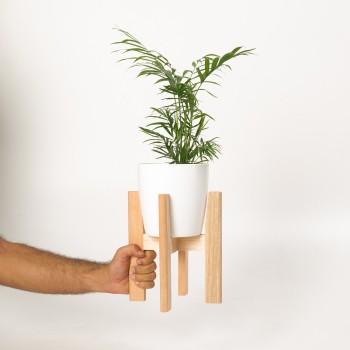 Soporte de madera y maceta S